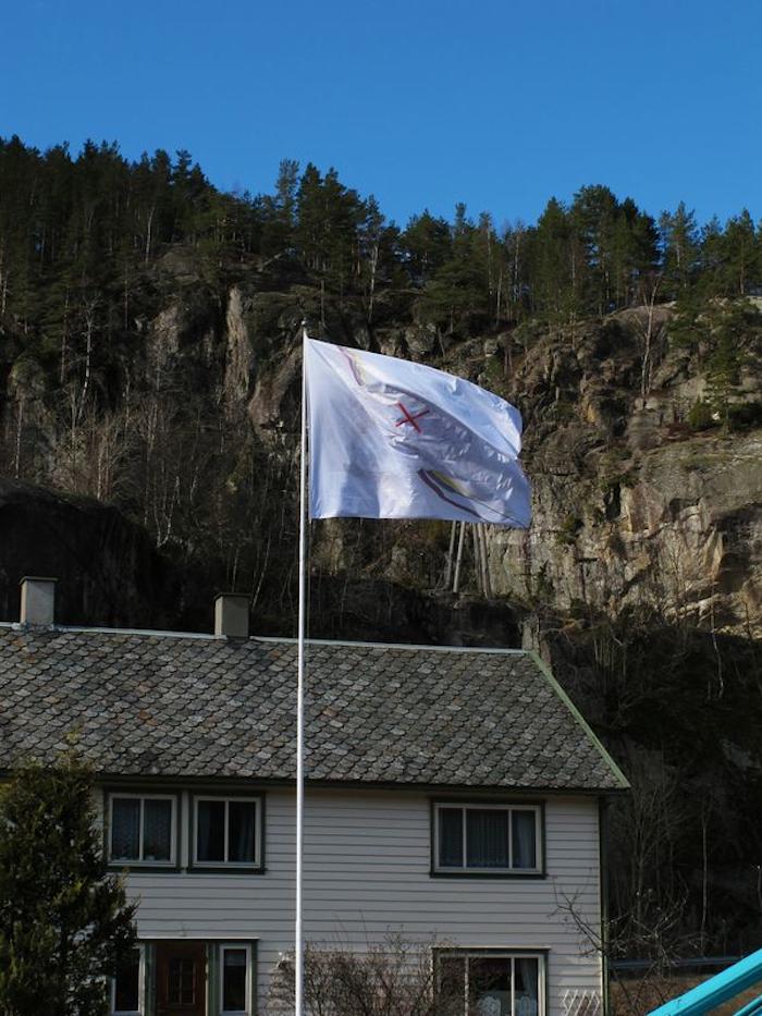 FLAGG/STEIN  Eg flaggar ein stein,